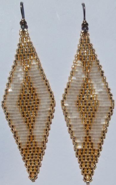 Golden Ornament2